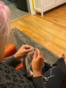 Portuguese knitting with grey yarn